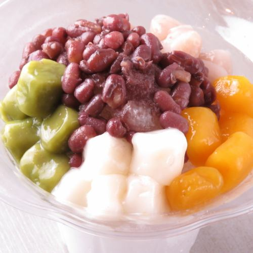 名物、九フン芋圓(イモモチ)600円。夏でも冬でも楽しめる台湾スイーツです。