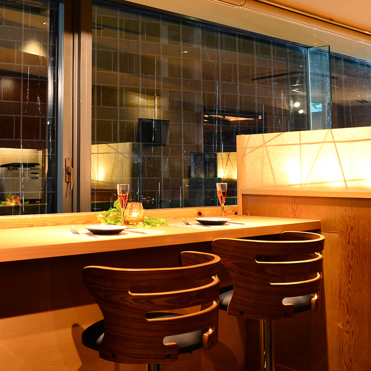 We will produce a private time ♪ In a space where you can relax, the distance to the precious one will be closer and closer ☆ 彡 When you are looking for a pub in Umeda, Japanese Modern Private Room Space, Concluded - YUI - ☆ 彡 ☆ 彡 【Umeda Izakaya Recommended Girls Association Private Room Drink All-you-can-eat All-you-can-eat night view】