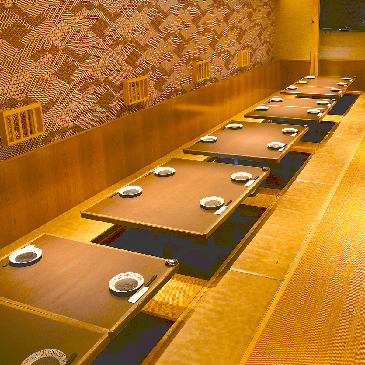 Private room for small groups ♪ To corporate banquets and alumni associations ★ It is preeminent ★ Please use once ☆ 彡 When you are looking for a tavern in Umeda, Japanese modern private room space, Conspiracy - YUI - To ☆ 彡 ☆ 彡 [Umeda All-you-can-drink all-you-can-drink all-you-can-drink night view]