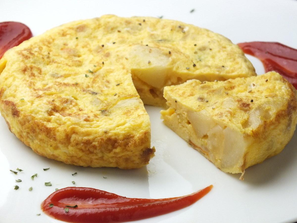 完整的西班牙煎蛋