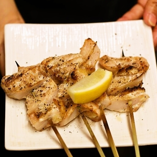 Chicken cartilage salt grilled skewers