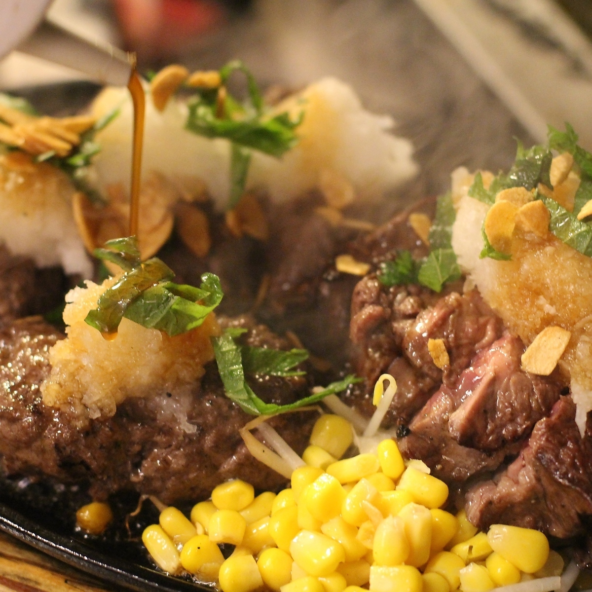 【Bake on charcoal fire!】 Sticky steak ◎