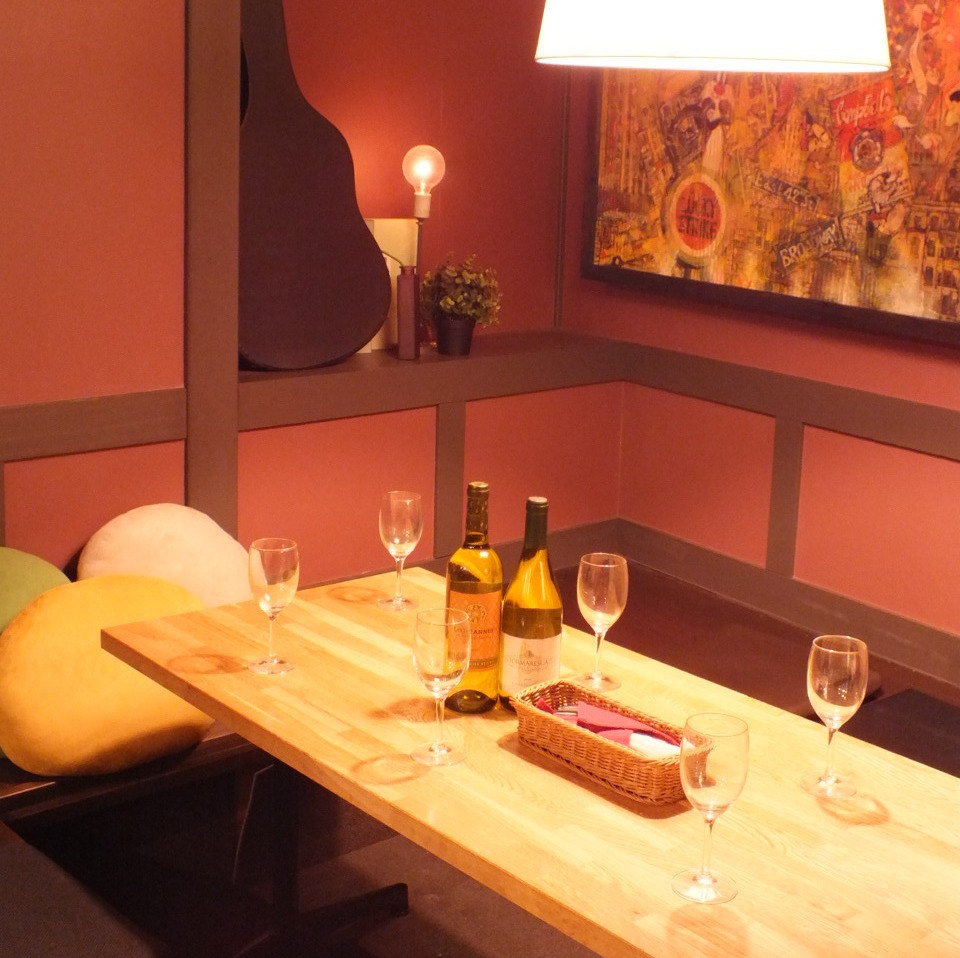 Inside the shop there is a semi-private room of digging! Recommended for the girls' party, birthday party, banquet ♪