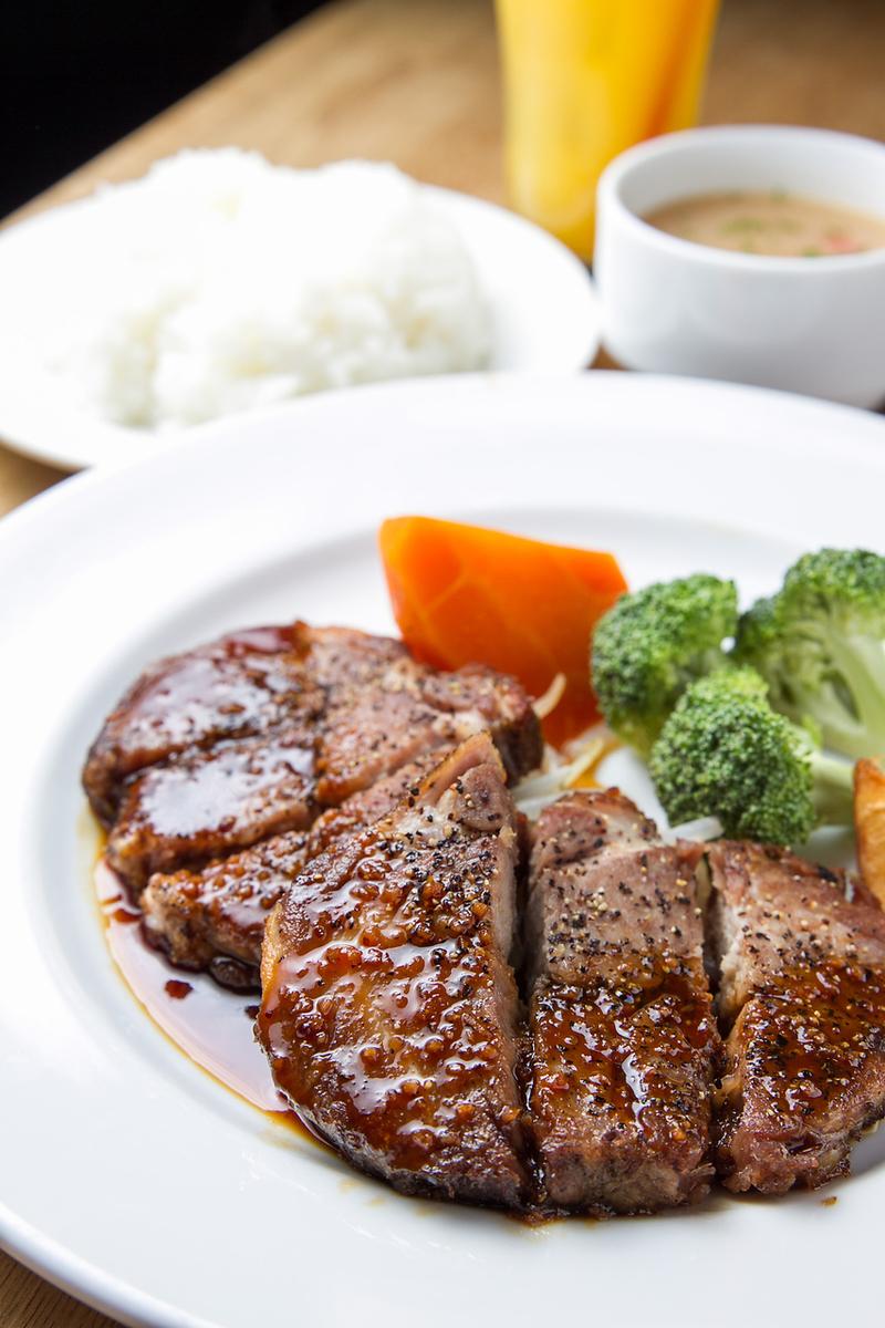 돼지 고기 스테이크