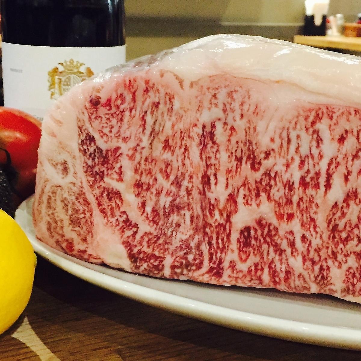 고기를 먹고 싶을 때는 뽀루타마리에 ★ 고기 모듬 코스 4000 엔 ~