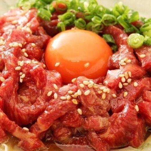 【直接管理马肉批发】东京第一个受欢迎的马匹比萨现在在岐阜!肉类SUSHI&Sakurabe是优秀的产品