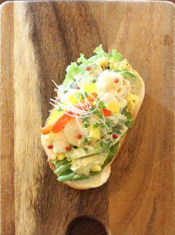 虾和鳄梨☆开放式三明治