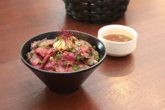 로스트 비프 덮밥