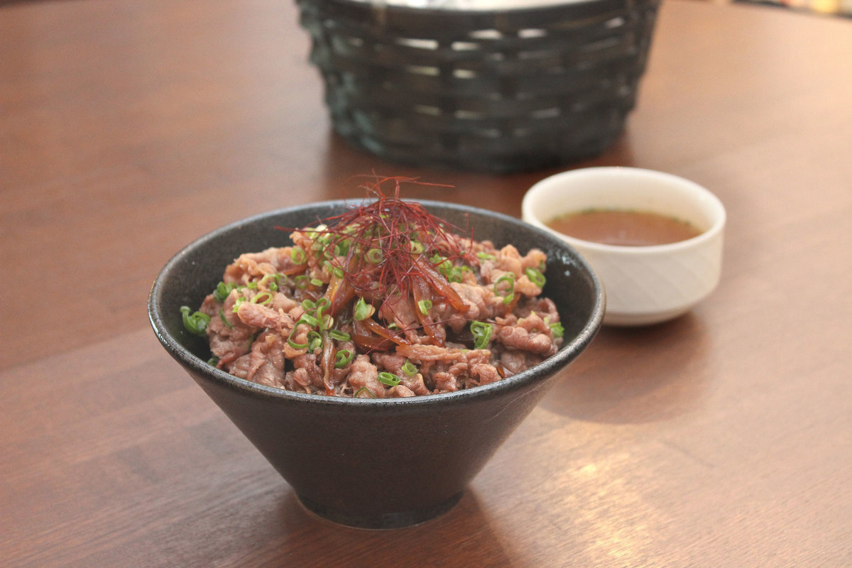 Beef ribs on rice
