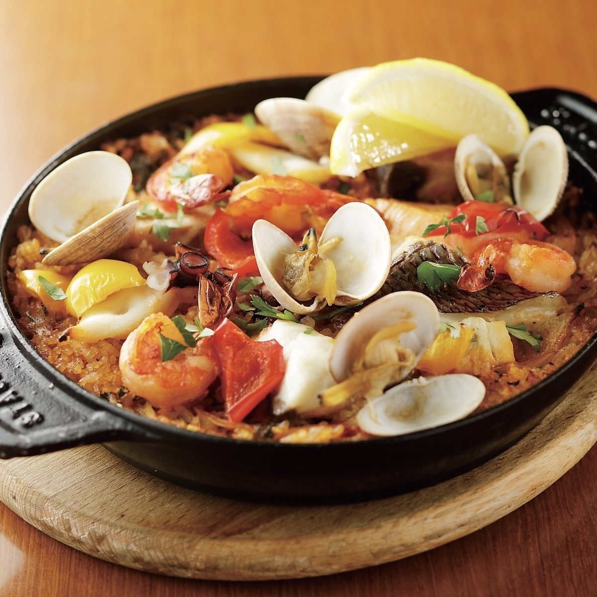 Paea with seafood and chicken