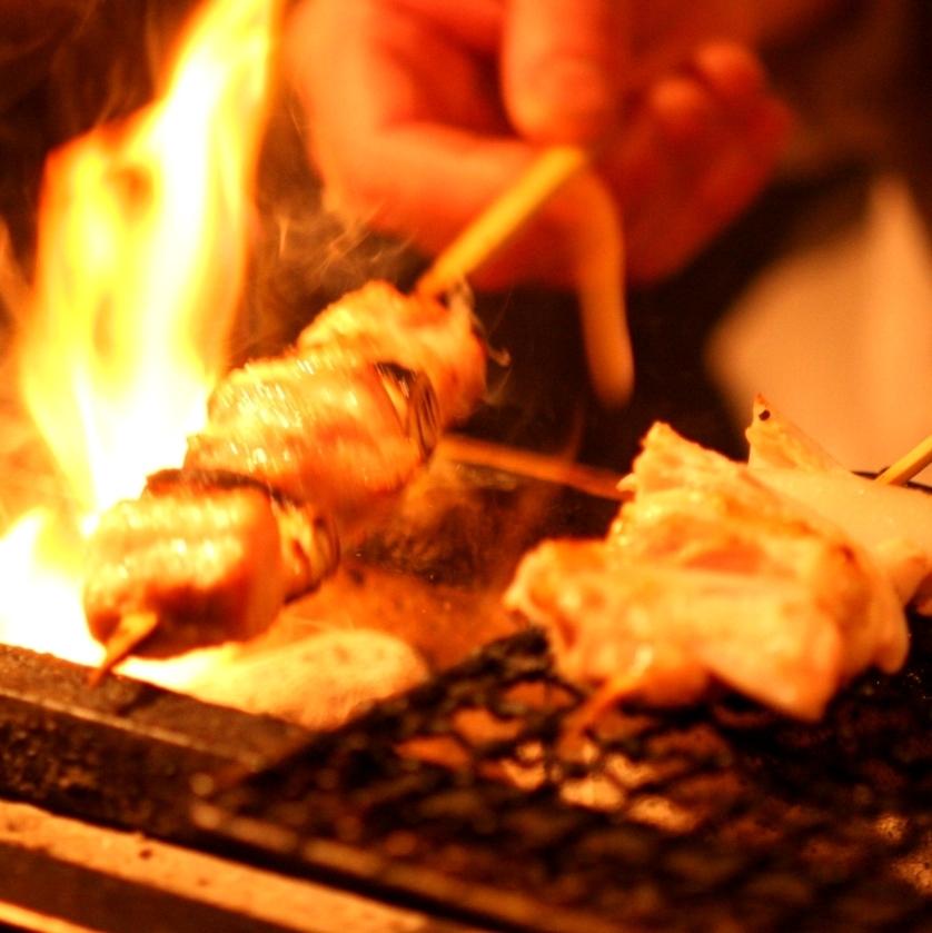 비장탄의 맛있는 닭 꼬치 구이 150 엔 ~