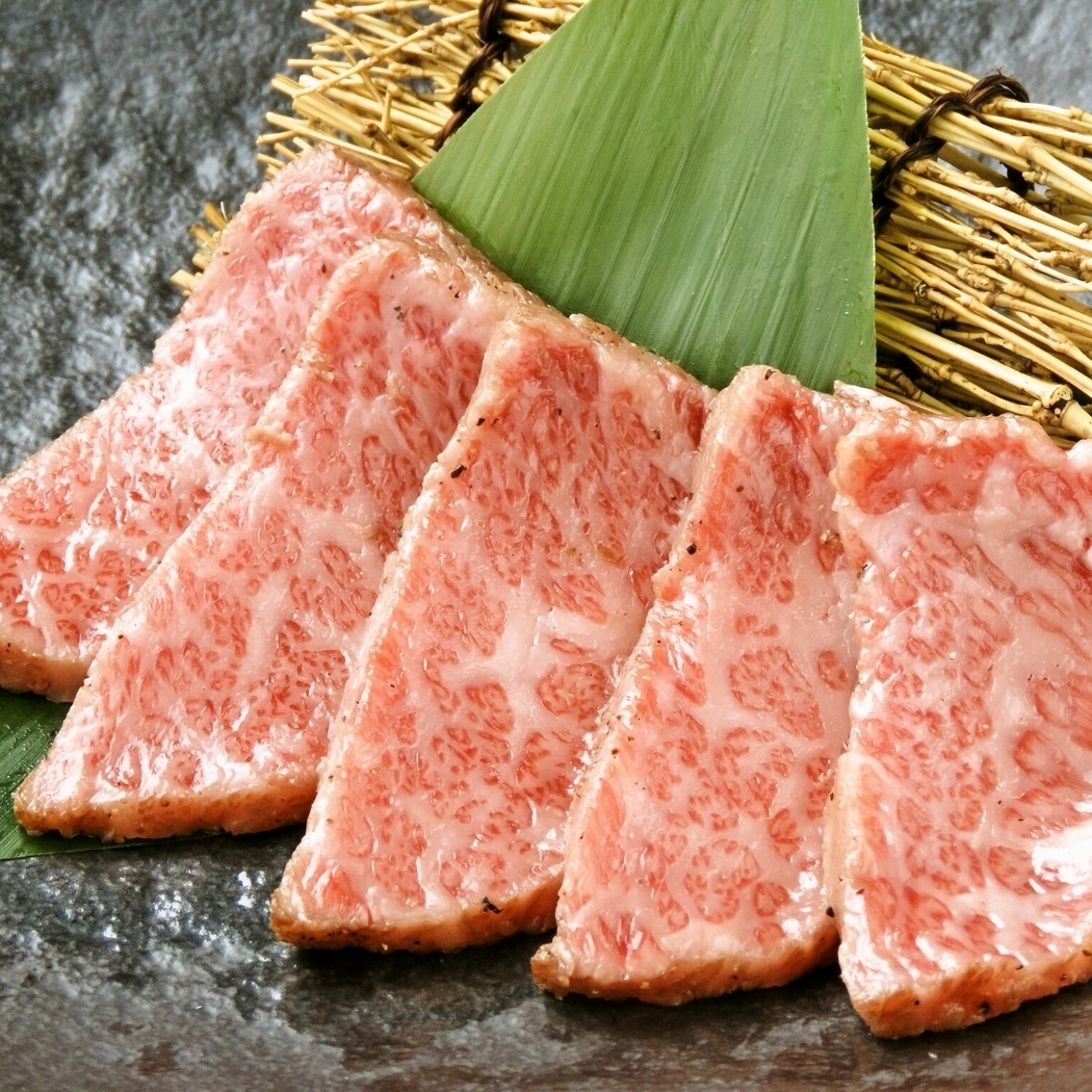 特殊的和牛牛肉结霜刺(Tataki)