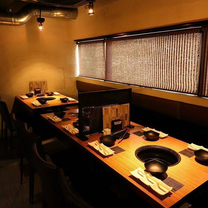 It is a table seat where you can also dine for 10 people!