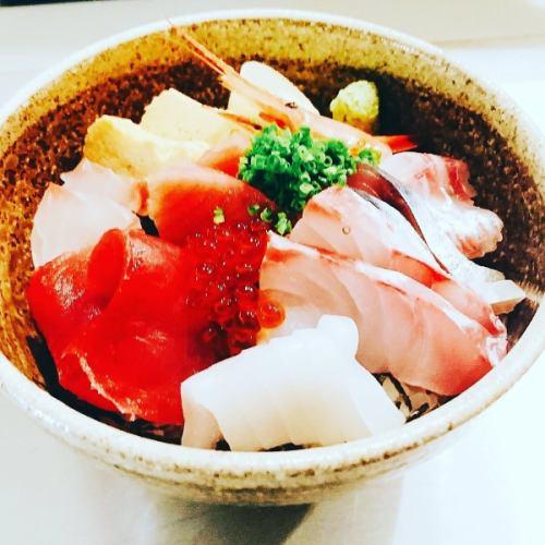 【鯖街道ランチ】海鮮丼