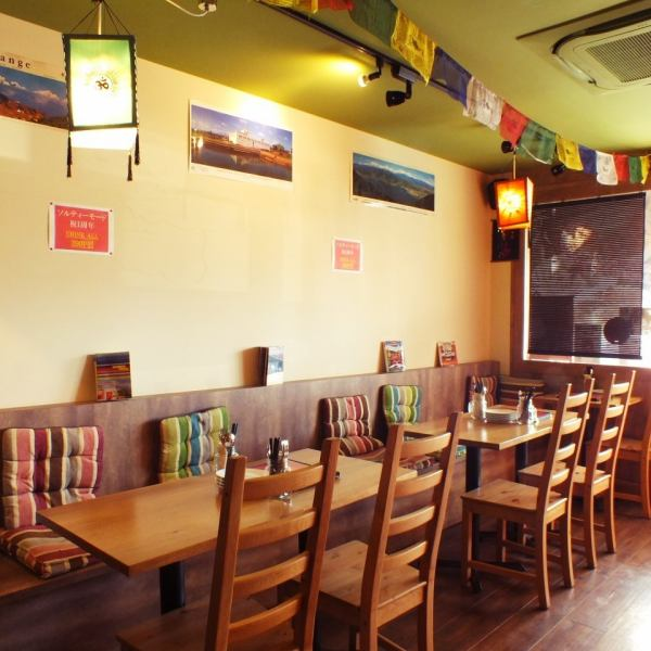 ◆ Bragging the atmosphere like overland alley back bar.Nepal cuisine beginner's big welcome! Enjoy Nepalese cuisine, which is said to be a nice touch of Chinese and Indian cuisine fashionably ☆ Oil content is little and it is not spicy and it is not spicy in the mouth of a child Also fit, so many people become ♪