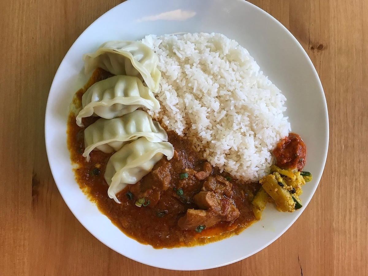 Lunch chicken curry & Nepalese dumplings