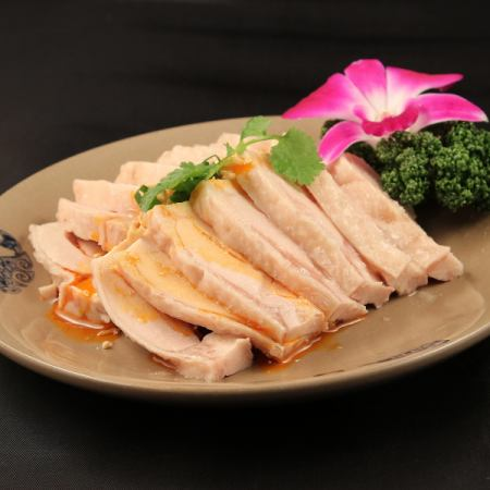 旨み鶏の特製ソースかけ(重慶)/バンバンジー(成都)