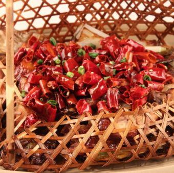 Jinjisato特色辣味辣雞肉醬<竹籠>