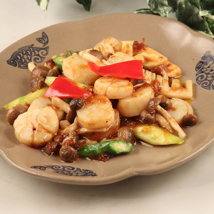 Stir-fried scallops with XO sauce / boiled with abalone cream