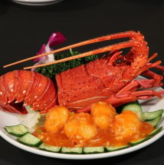 Chilli sauce of lobster / simmered shrimp with crab miso / lobster 's green onion ginger stir - fried