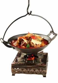 米饭锅牛肉松散的肉/米饭锅