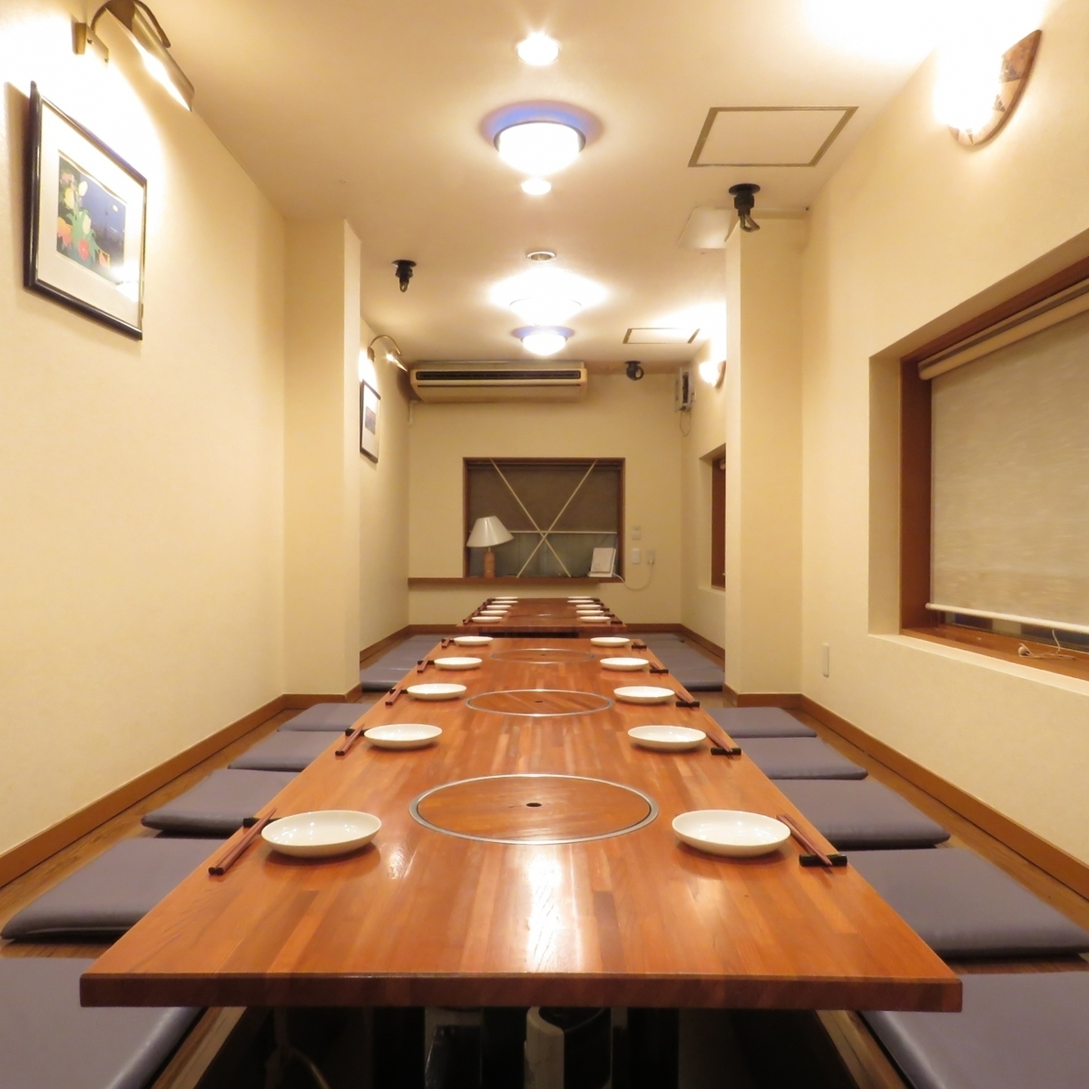 最大25名様収容の宴会個室です!3階フロアーごと貸切状態になるので、ほかのお客様に気を遣わず、盛り上がりたい放題!! トイレも3階にあります!