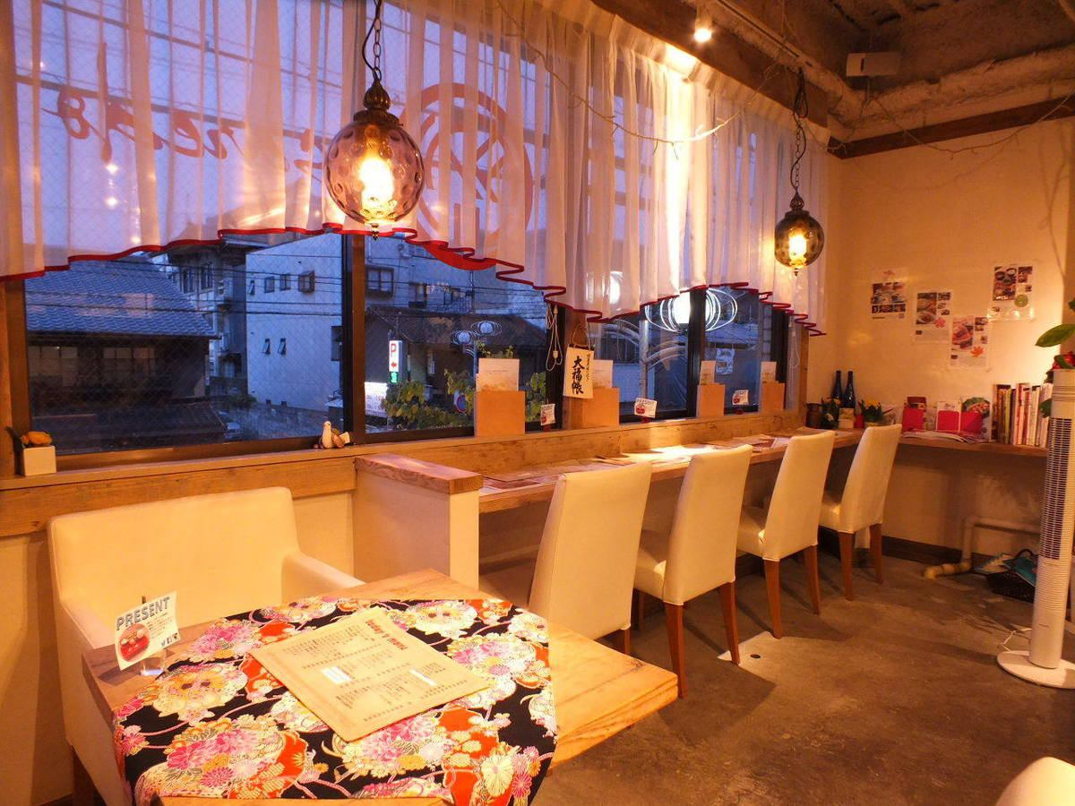 Slow slow, slow night cafe.I want to stop by work on an open relaxing space ♪ (saedo cafe)