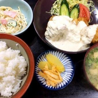 Tempura set meal / sashimi set meal / chicken nambutan set menu