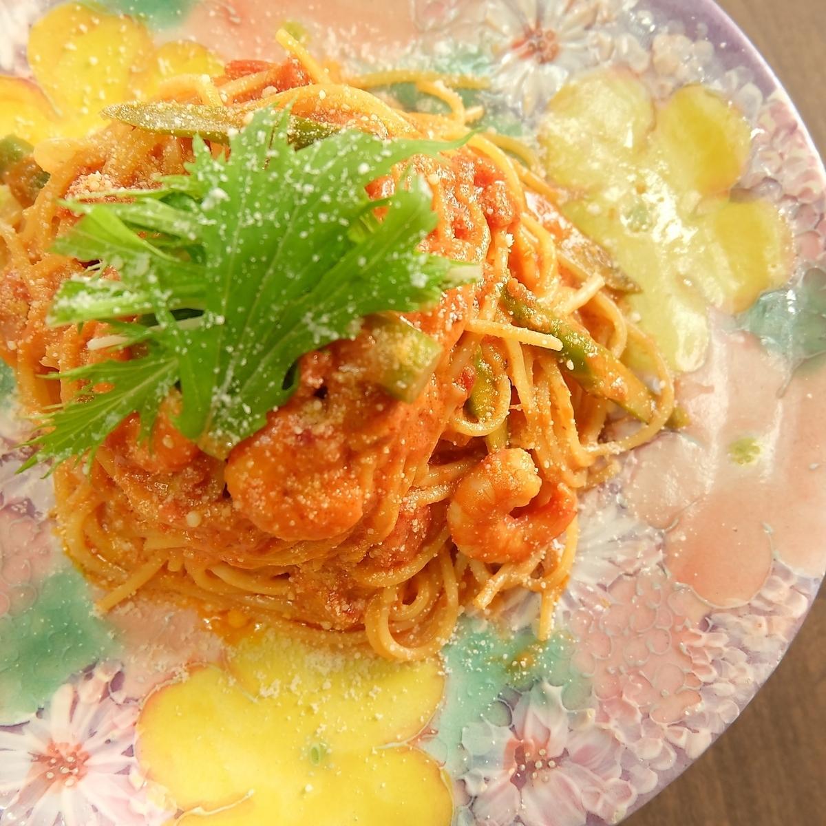 Shrimp tomato cream pasta