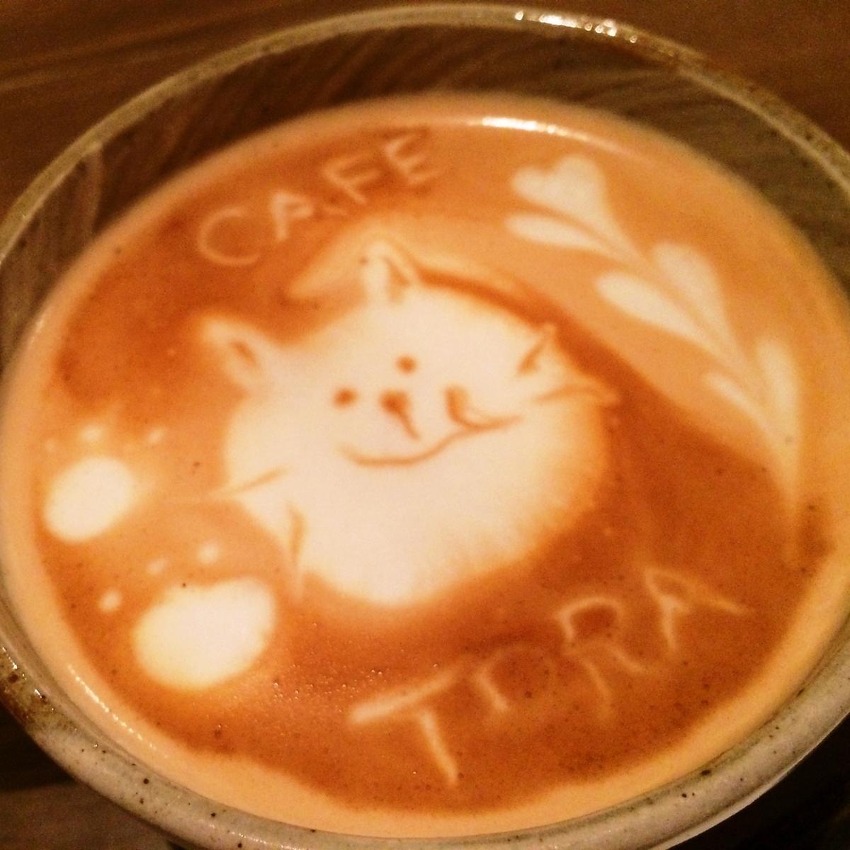 Coffee latte art × Matsuko ware's crucifix ♪