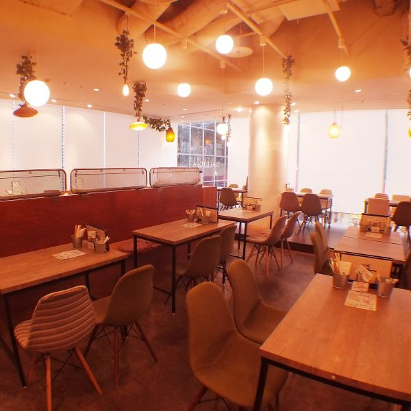 Fashionable space on the 2nd floor of Utsunomiya Parco ☆ A girls' party, birthday, anniversary, lunch meeting, mama cafe, cafe use etc, available in various scenes ☆ It is also open after Parco closed ♪