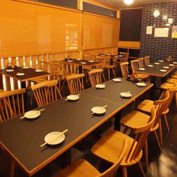 인원수에 맞춰 테이블 석을 준비하고 있습니다.여자 회와 사쿠 마시고 쇼핑! 주말은 특히 붐비므로 예약은 서둘러 ...