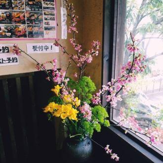 入口のお花リニューア