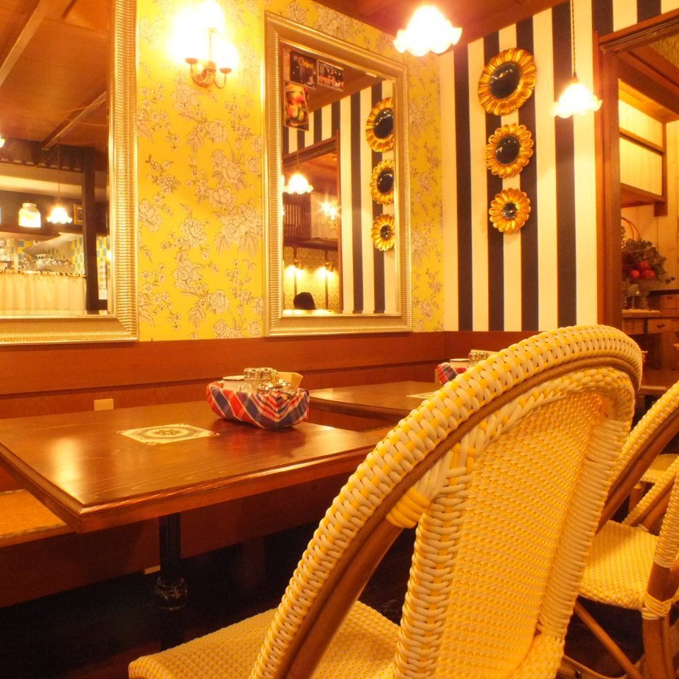 您還可以在約會時享用正宗的薄餅和意大利面。