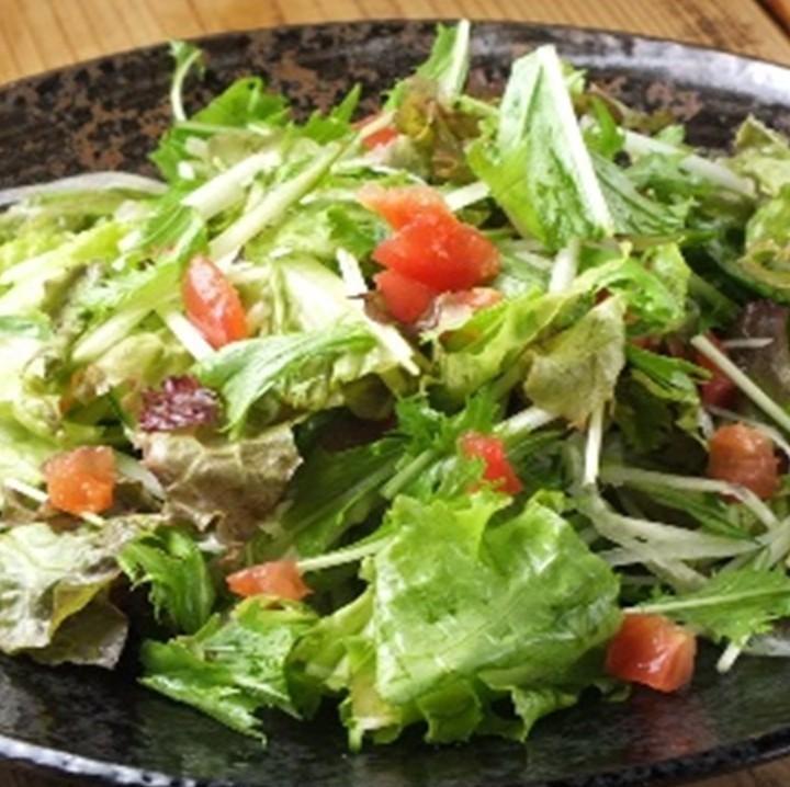 蔬菜爱沙拉
