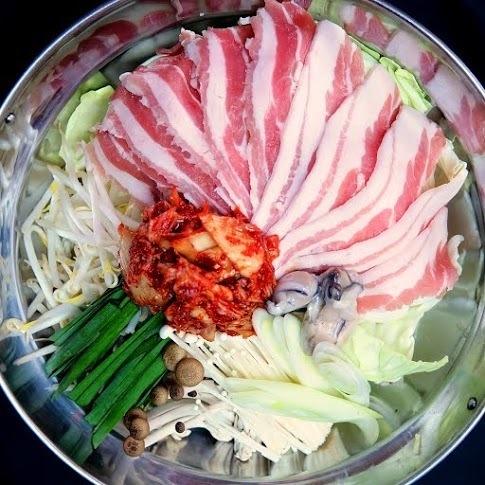 【痛苦美味】豬肉泡菜吃