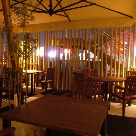 2 to 24 people possible ◆ Outside air is comfortable terrace seating
