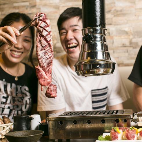 4人私人房间非常受欢迎。全友可以吃的当然2480日元〜