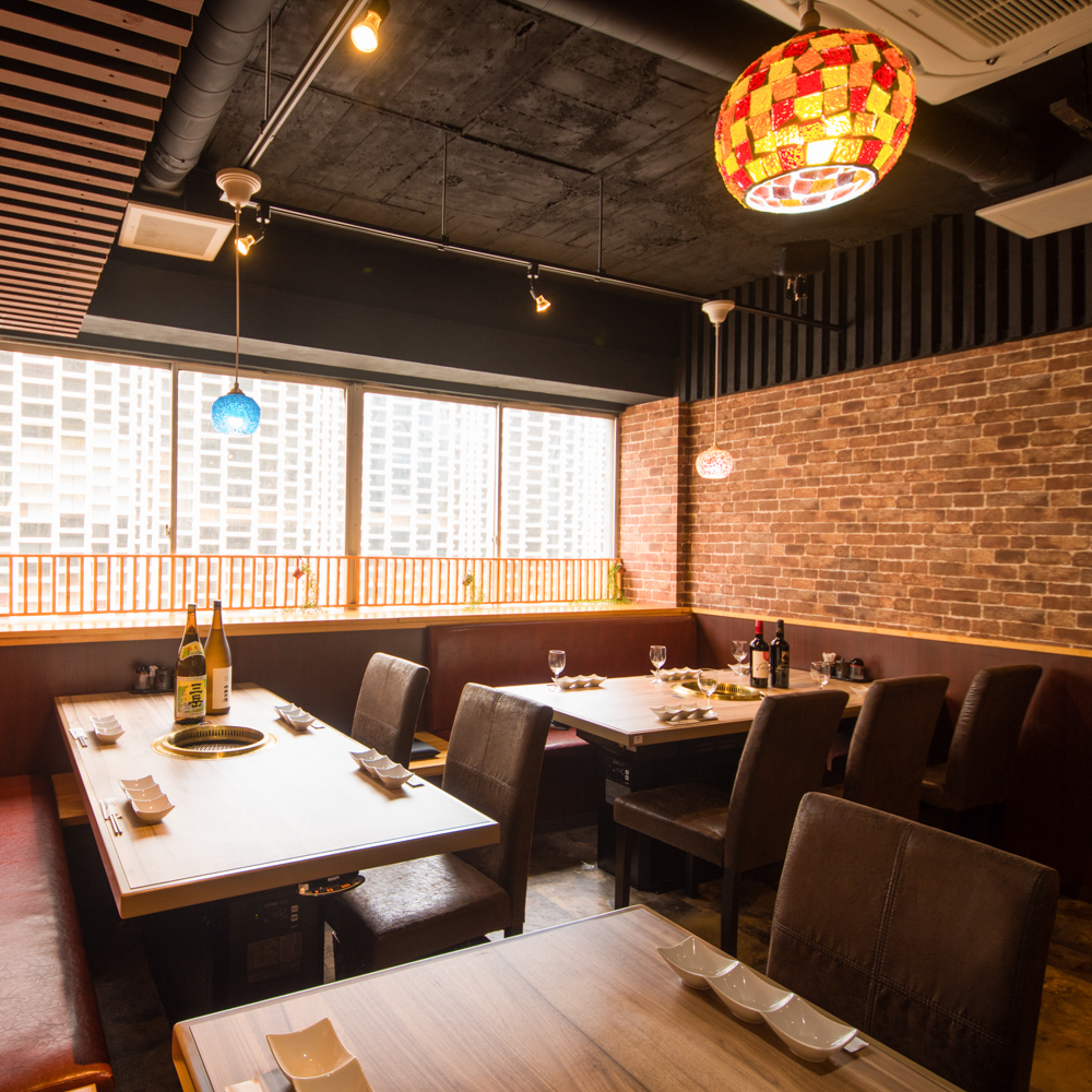 Yakiniku that you can enjoy lively in the open space, perfect for your banquet! Please enjoy the exquisite Kuroge Wagyu beef menu in a fully private room.We also offer many deals with all-you-can-eat plans! Please feel free to contact us for more information ♪