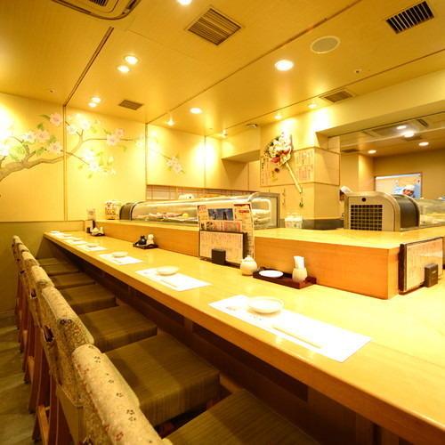 所有你可以吃到的無限量壽司櫃檯座位非常受歡迎!