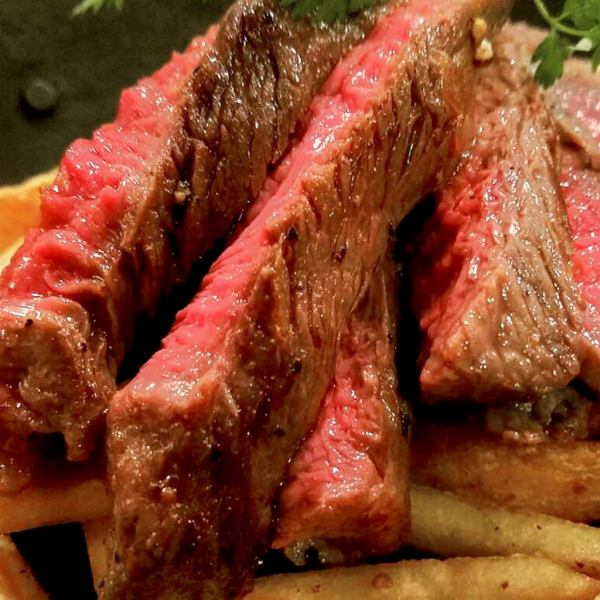 【自慢のお肉】 ビーフステーキ
