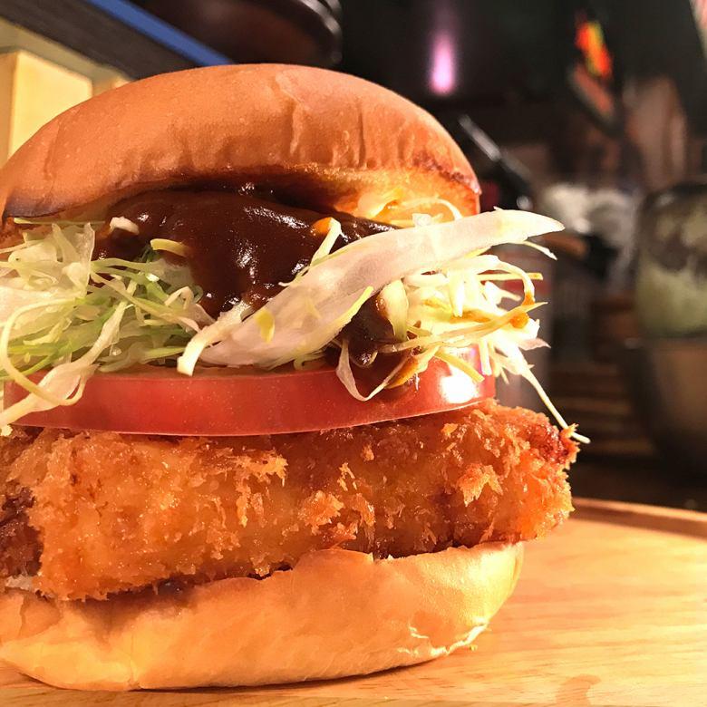 Shrimp cream croquette burger