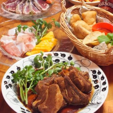 """Toro Toro spare rib course ☆ Gold"" 70 kinds of barrel draft beer and other 70 kinds all-you-can-drink ★ 2 hours 7 dishes 5000 yen"