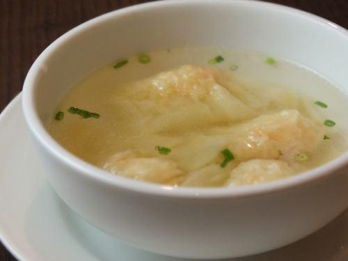 새우 완탕 수프