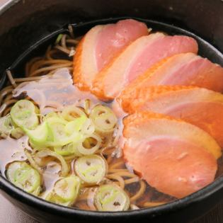 Noodle soba with hot duck