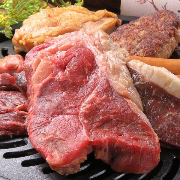 肉类爱好者设置!! Gattsuri积聚用板和生火腿餐版本和120分钟吃的东西都可以喝[日 - 树限制]3500日元