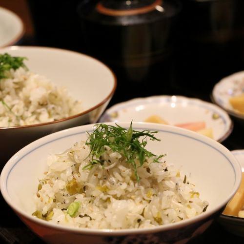 高菜と雑魚の加薬御飯