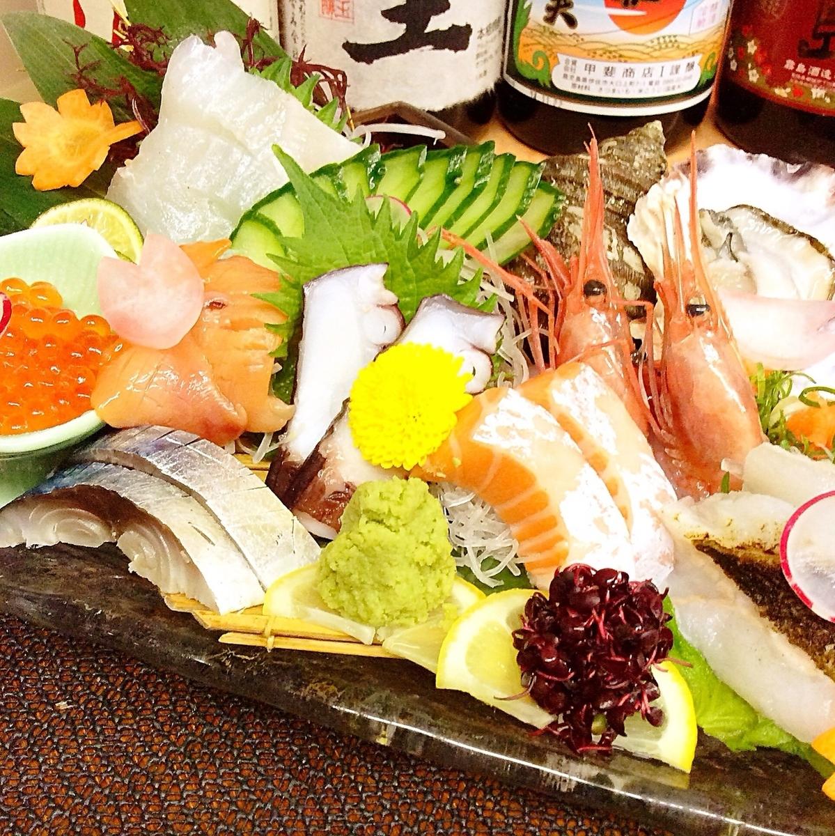 与Kuuki的各种特色生鱼片