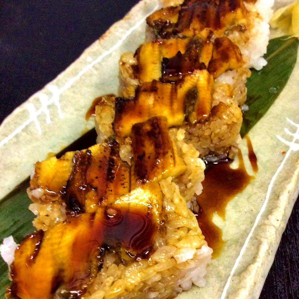 地穴子箱寿司(1本)