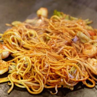 Old-fashioned sauce with yakisoba pork / seafood